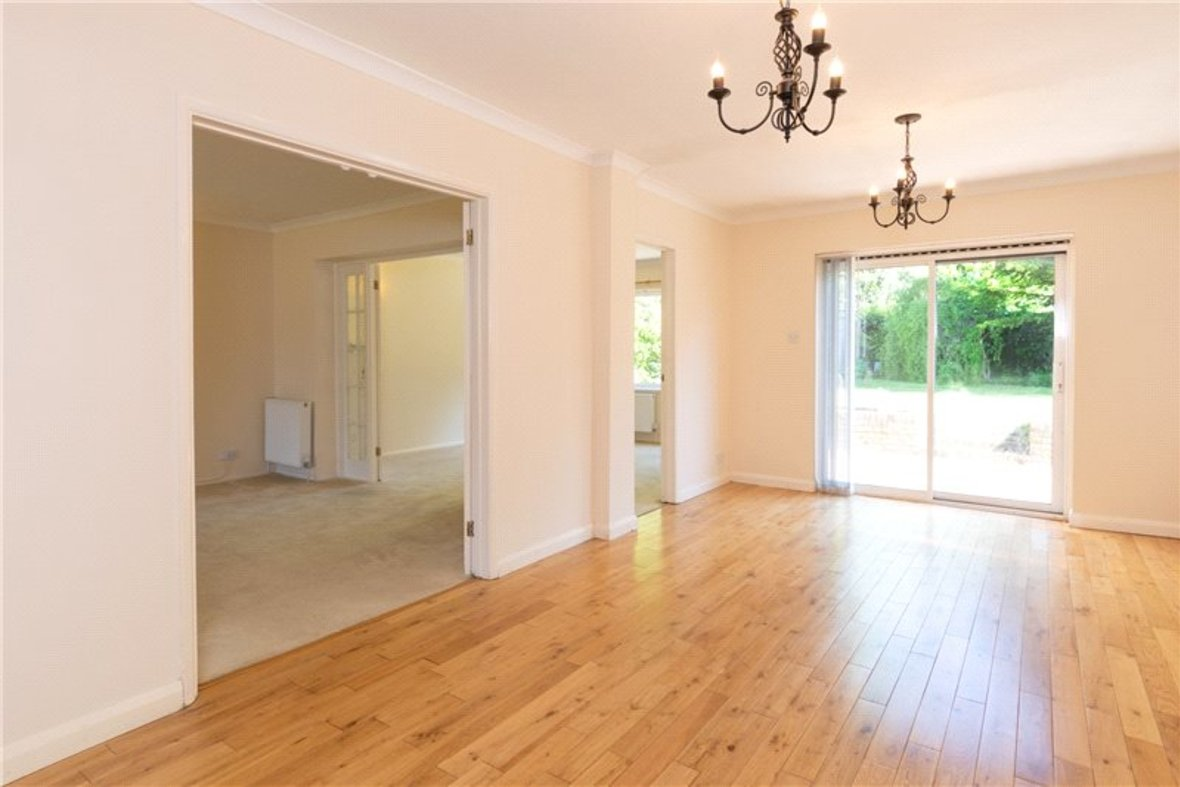 4 Bedrooms House For Sale in Falstaff Gardens, St. Albans, Hertfordshire - View 3 - Collinson Hall