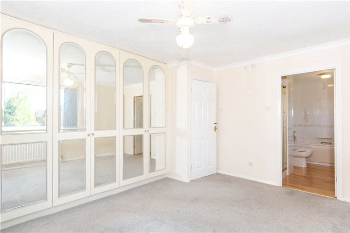 4 Bedrooms House For Sale in Falstaff Gardens, St. Albans, Hertfordshire - View 10 - Collinson Hall