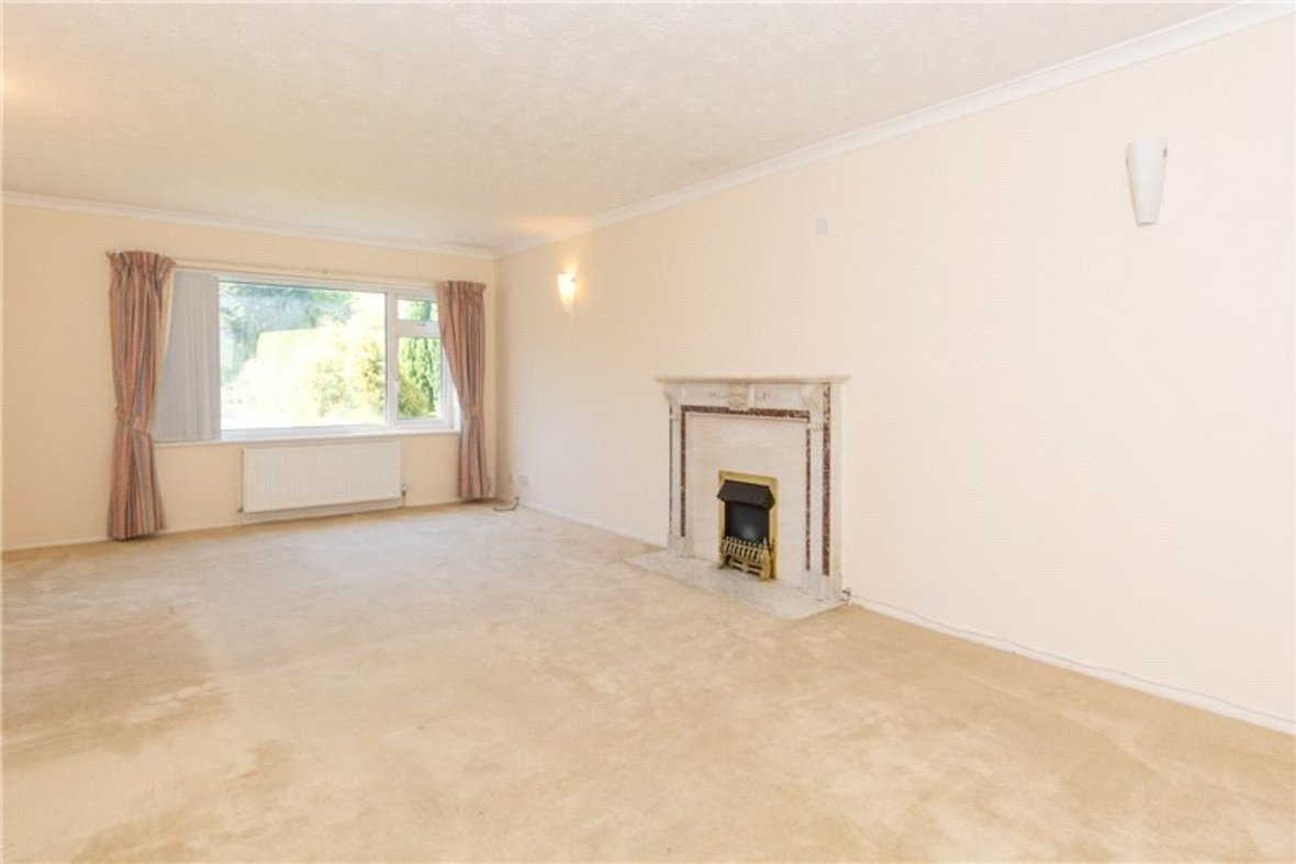 4 Bedrooms House For Sale in Falstaff Gardens, St. Albans, Hertfordshire - View 5 - Collinson Hall