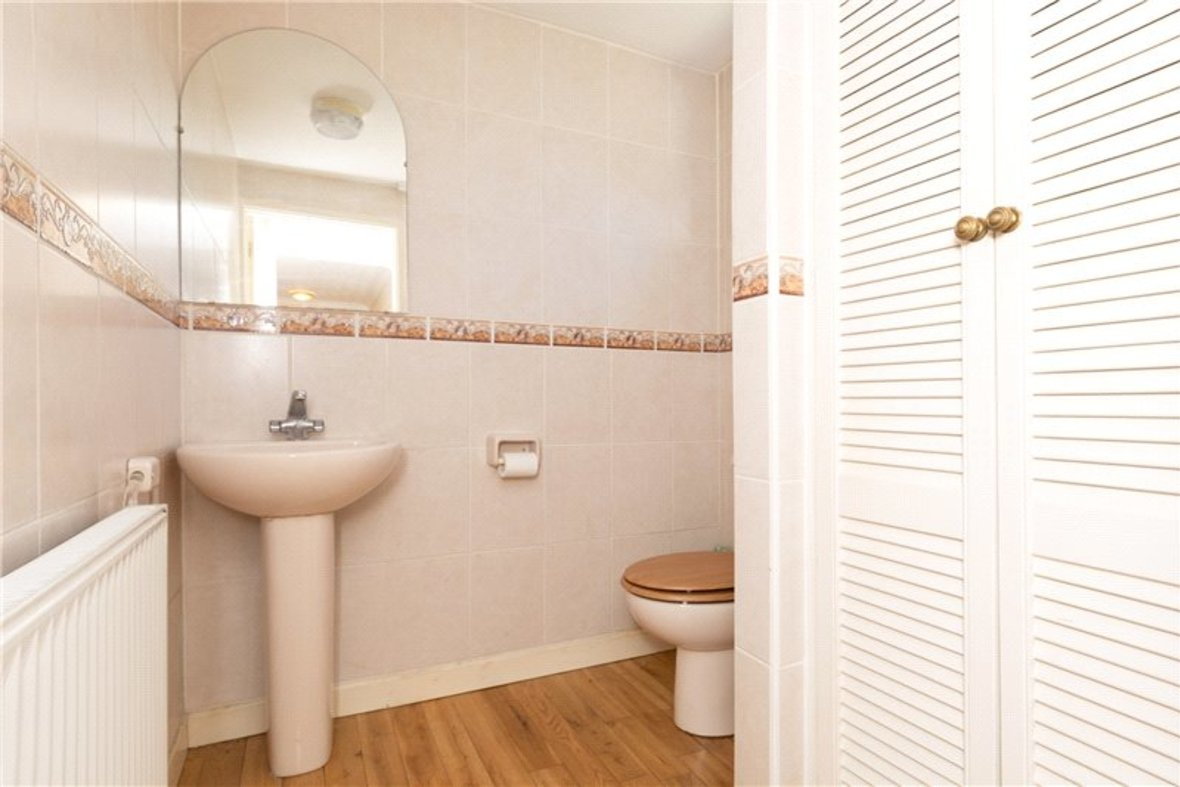 4 Bedrooms House For Sale in Falstaff Gardens, St. Albans, Hertfordshire - View 9 - Collinson Hall
