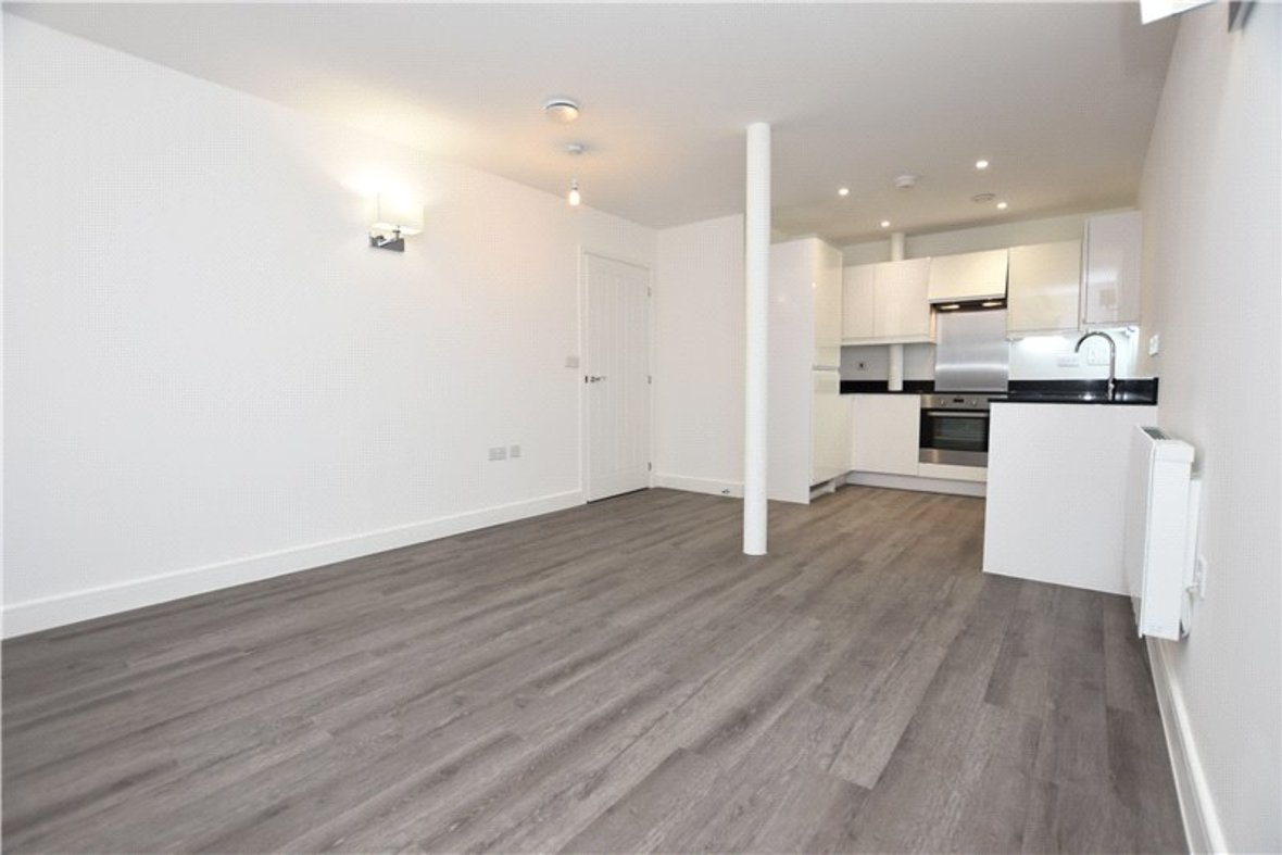 1 Bedroom Apartment Under Offer in Hansell House, Sutton Road, St. Albans, Hertfordshire - View 5 - Collinson Hall