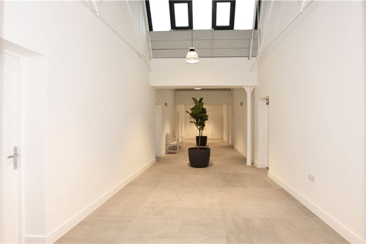 1 Bedroom Apartment Under Offer in Hansell House, Sutton Road, St. Albans, Hertfordshire - View 7 - Collinson Hall