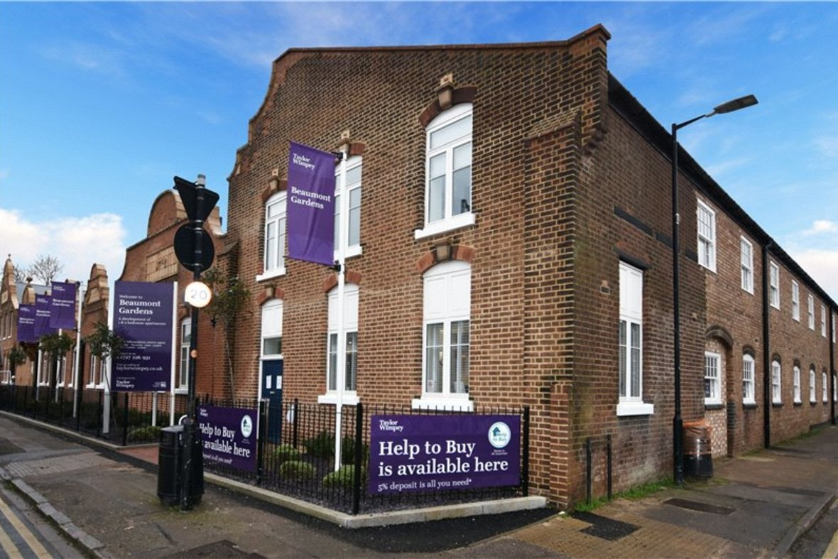 1 Bedroom Apartment Under Offer in Hansell House, Sutton Road, St. Albans, Hertfordshire - View 1 - Collinson Hall