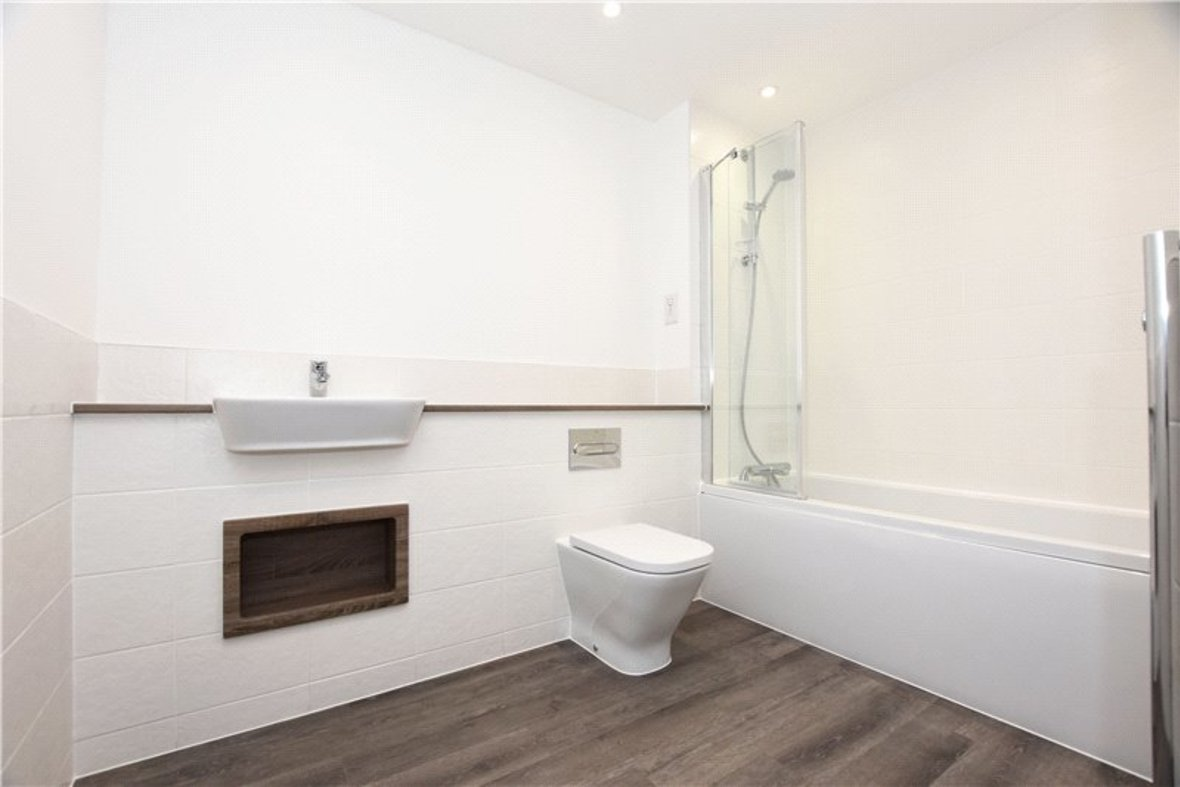 1 Bedroom Apartment Under Offer in Hansell House, Sutton Road, St. Albans, Hertfordshire - View 3 - Collinson Hall