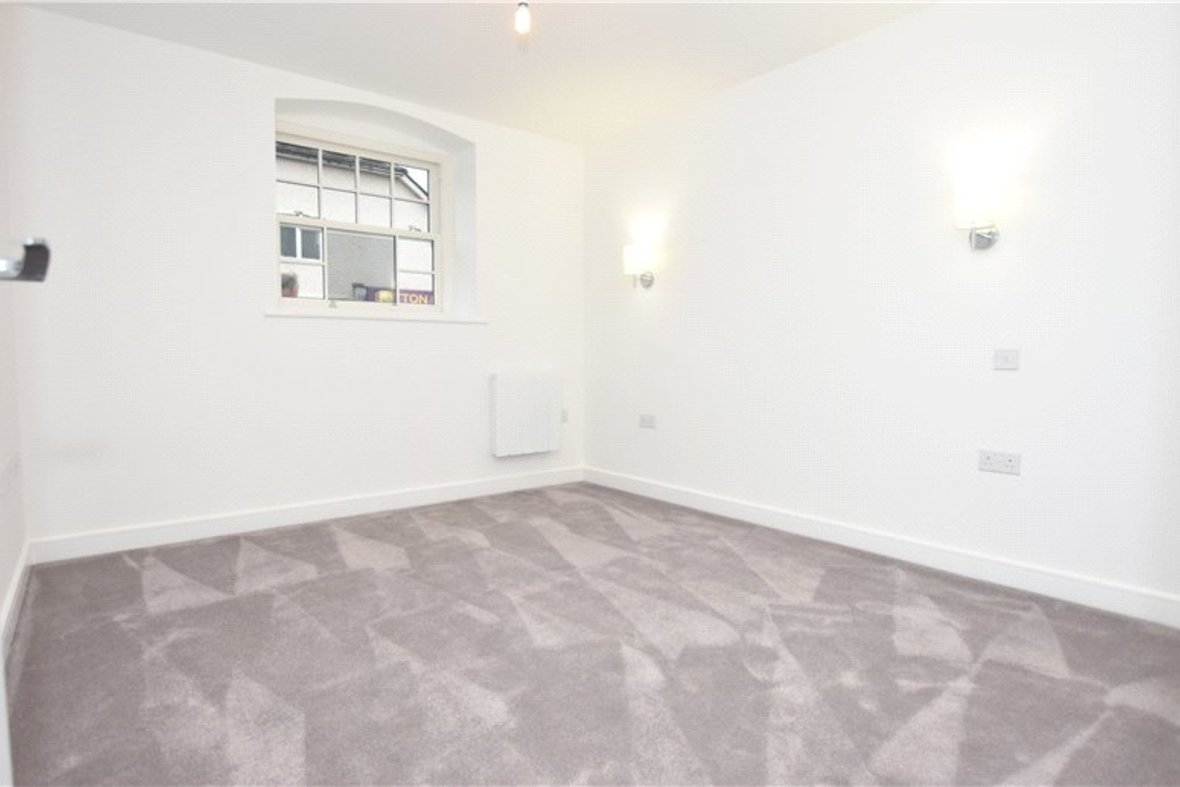 1 Bedroom Apartment Under Offer in Hansell House, Sutton Road, St. Albans, Hertfordshire - View 6 - Collinson Hall