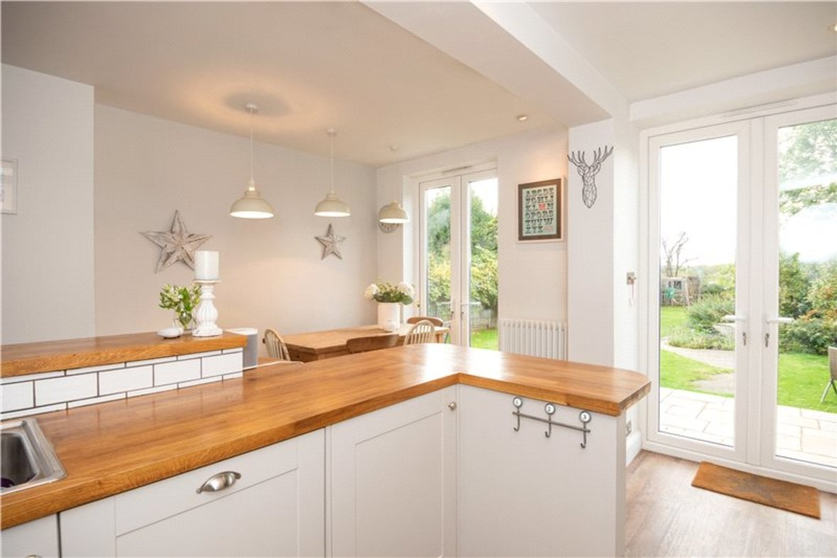 4 Bedrooms House Sold Subject To Contract in Sandridge Road, St. Albans, Hertfordshire - View 3 - Collinson Hall