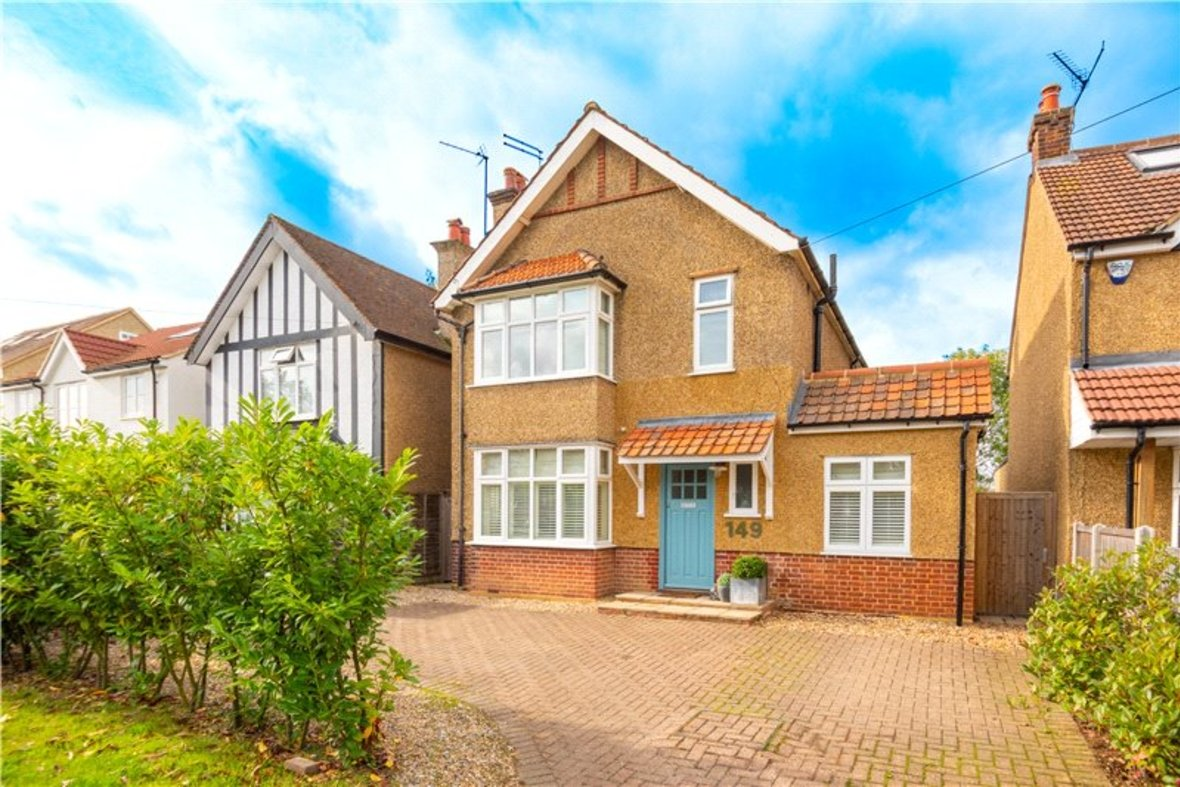 4 Bedrooms House Sold Subject To Contract in Sandridge Road, St. Albans, Hertfordshire - View 1 - Collinson Hall