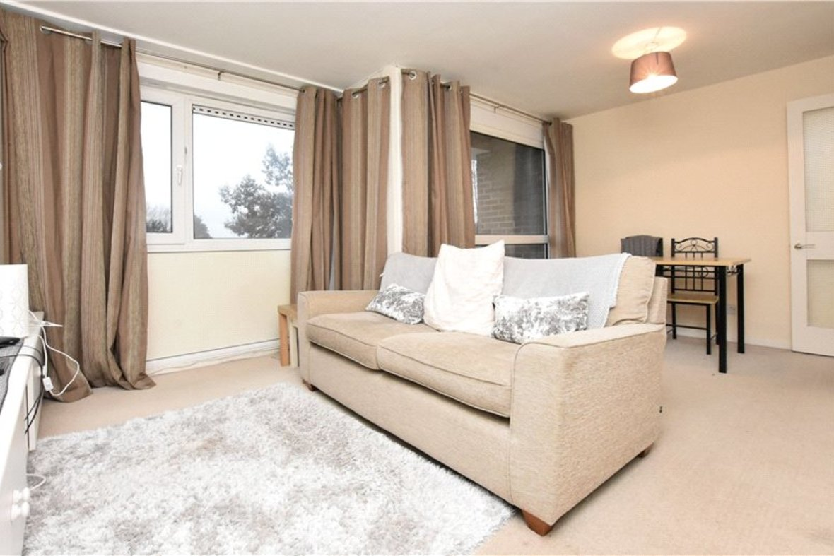 2 Bedrooms Apartment New Instruction in Thirlestane, Lemsford Road, St. Albans, Hertfordshire - View 2 - Collinson Hall