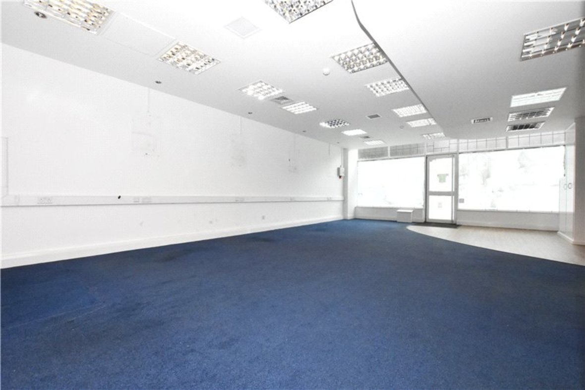 Commercial property Let in London Road, St. Albans, Hertfordshire - View 3 - Collinson Hall