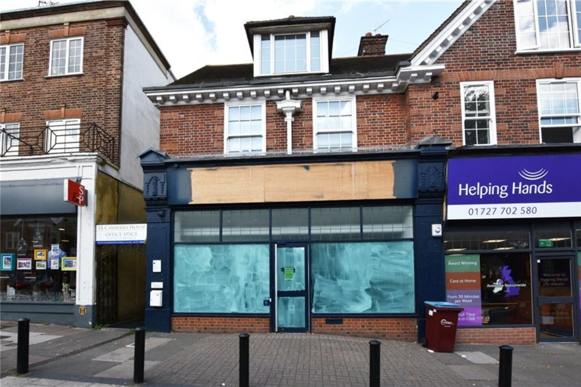 Commercial property Let in London Road, St. Albans, Hertfordshire - View 1 - Collinson Hall