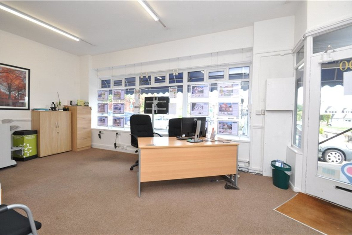 Commercial property To Let in Watford Road, Chiswell Green, St. Albans, Hertfordshire - View 3 - Collinson Hall