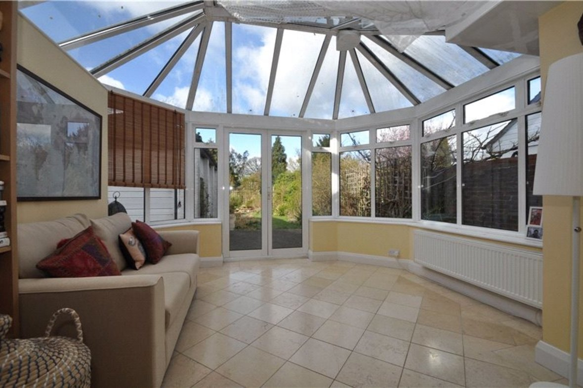 4 Bedrooms House Sold Subject To Contract in Oakwood Drive, St. Albans, Hertfordshire - View 5 - Collinson Hall