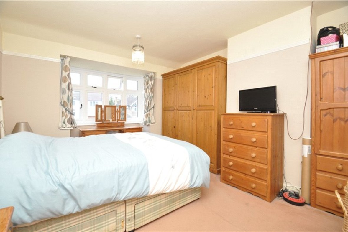 4 Bedroom House Sold Subject To Contract in Harpenden Road, St. Albans, Hertfordshire - View 7 - Collinson Hall