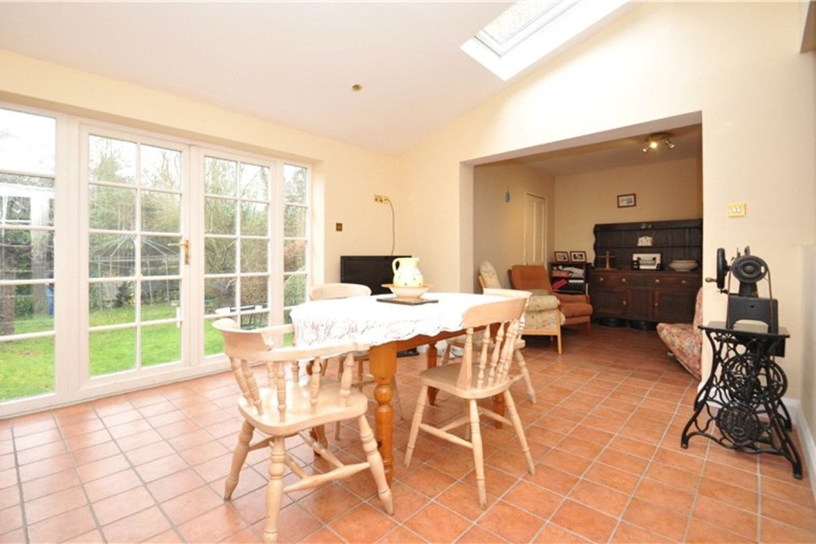 4 Bedroom House Sold Subject To Contract in Harpenden Road, St. Albans, Hertfordshire - View 4 - Collinson Hall