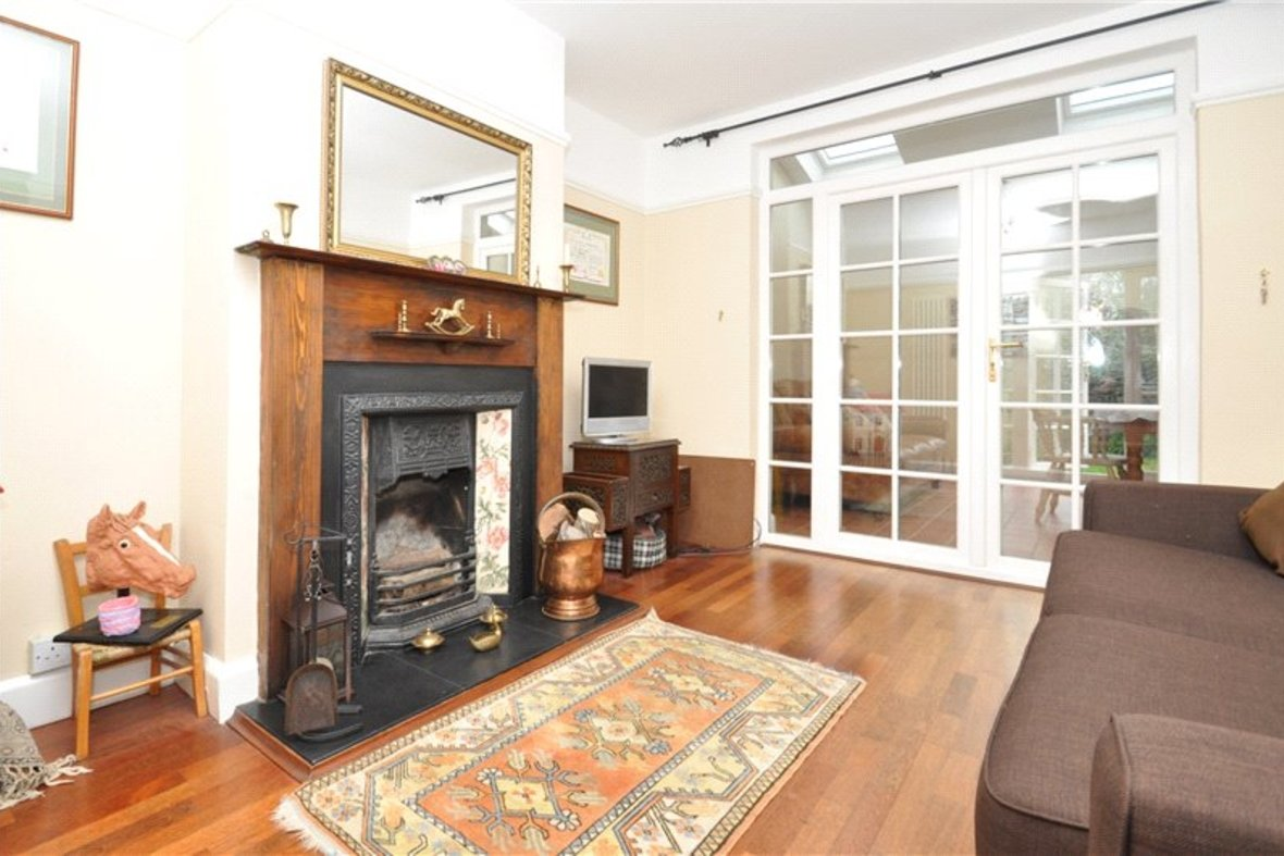 4 Bedroom House Sold Subject To Contract in Harpenden Road, St. Albans, Hertfordshire - View 5 - Collinson Hall