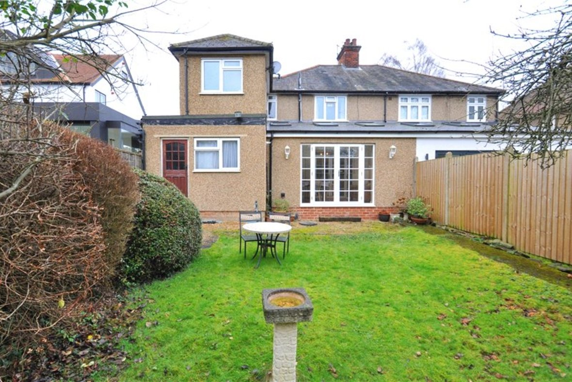 4 Bedroom House Sold Subject To Contract in Harpenden Road, St. Albans, Hertfordshire - View 11 - Collinson Hall