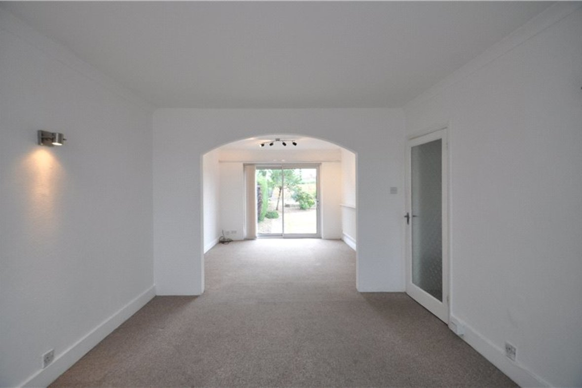 2 Bedrooms Bungalow New Instruction in Stanley Avenue, St. Albans, Hertfordshire - View 3 - Collinson Hall