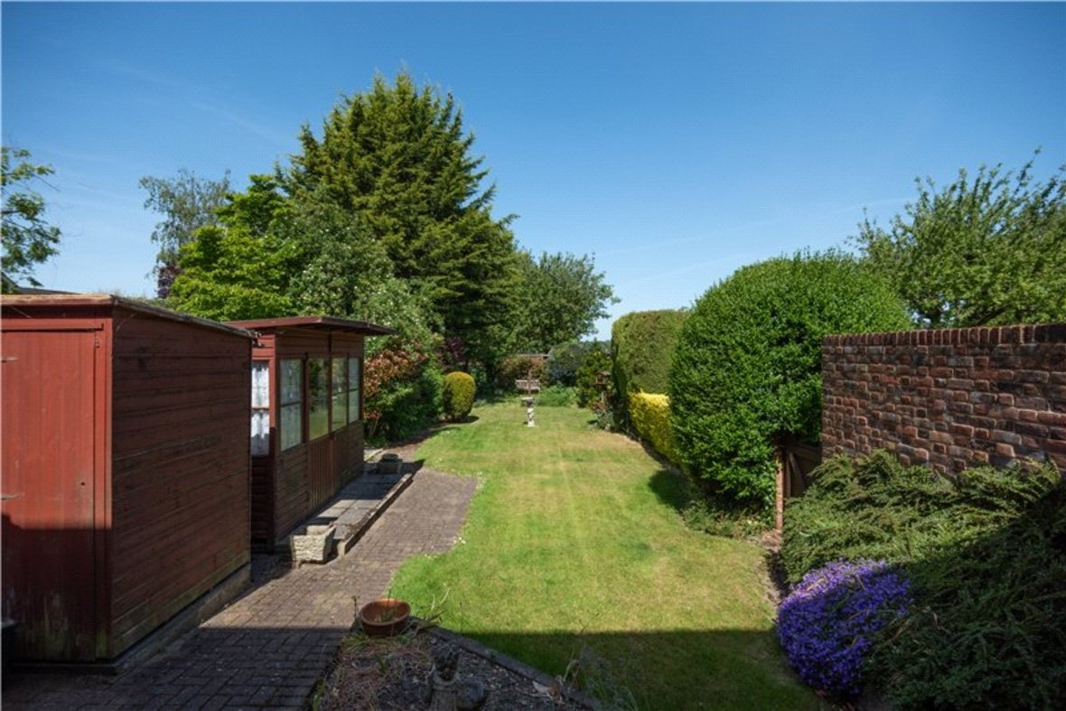 3 Bedrooms House Sold Subject To Contract in Sandridge Road, St. Albans, Hertfordshire - View 3 - Collinson Hall