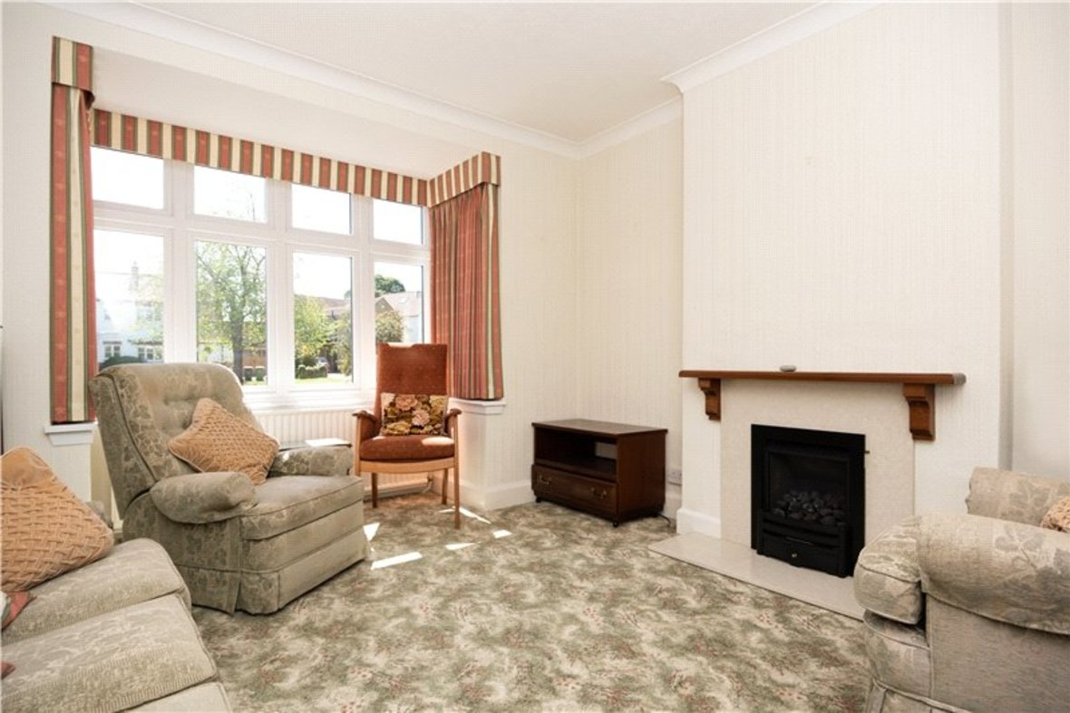 3 Bedrooms House Sold Subject To Contract in Sandridge Road, St. Albans, Hertfordshire - View 11 - Collinson Hall