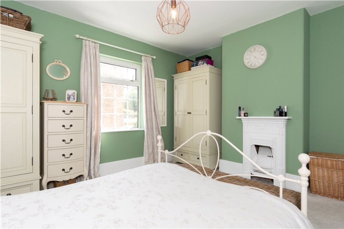 3 Bedrooms House Sold Subject To Contract in Riverside Road, St. Albans, Hertfordshire - View 10 - Collinson Hall