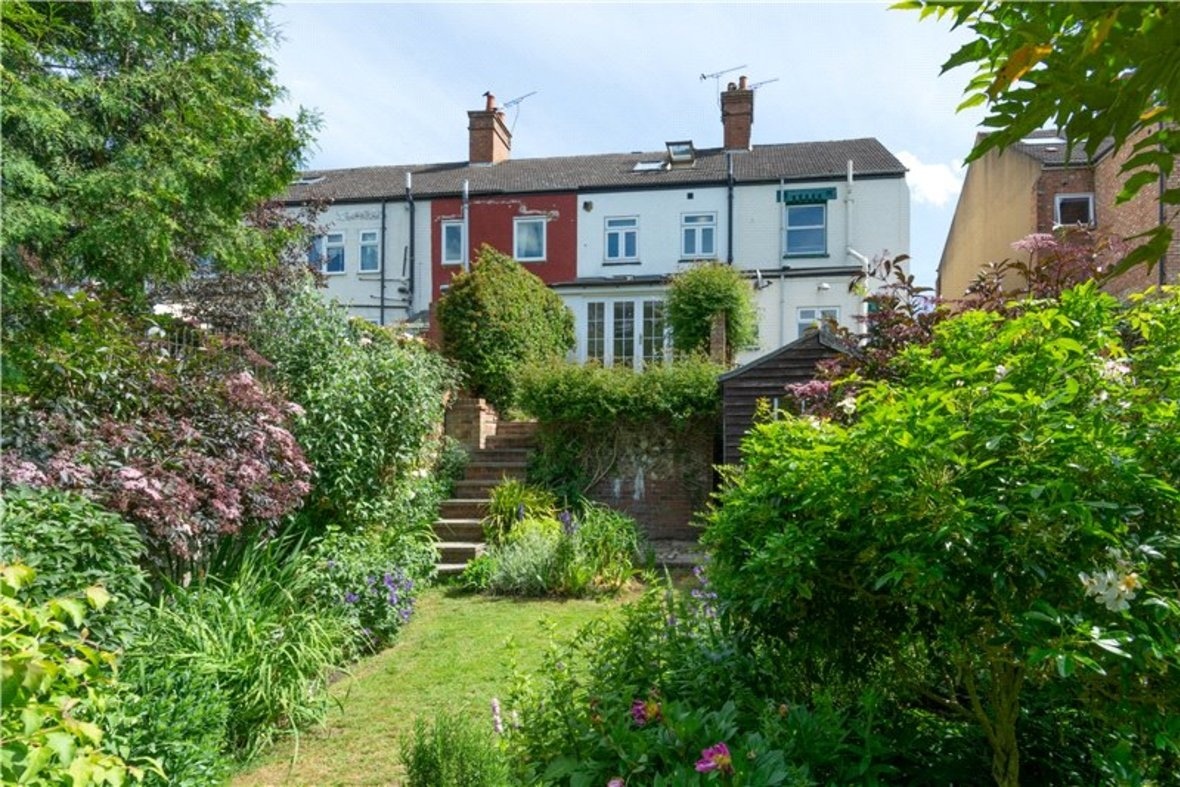 3 Bedrooms House Sold Subject To Contract in Riverside Road, St. Albans, Hertfordshire - View 16 - Collinson Hall