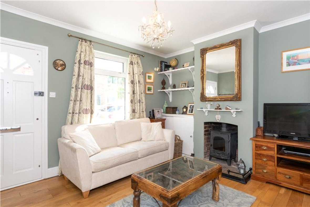 3 Bedrooms House Sold Subject To Contract in Riverside Road, St. Albans, Hertfordshire - View 2 - Collinson Hall
