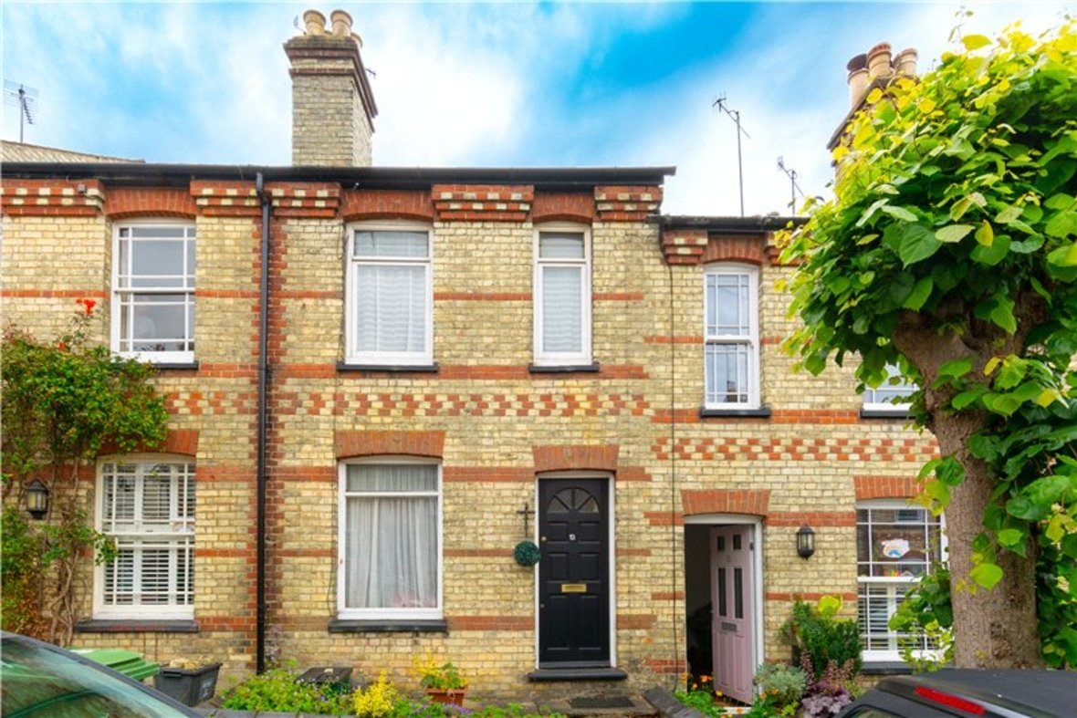 2 Bedrooms House For Sale in Thornton Street, St. Albans, Hertfordshire - View 1 - Collinson Hall