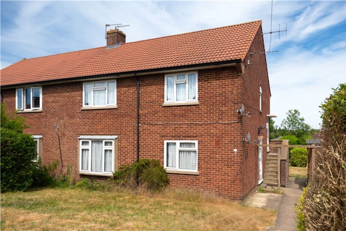 2 Bedroom Maisonette For Sale in Wallingford Walk, St. Albans, Hertfordshire - View 1 - Collinson Hall