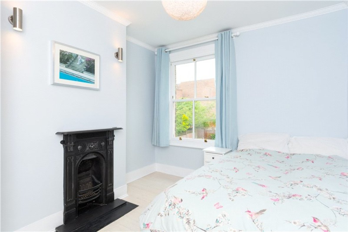 4 Bedrooms House New Instruction in Liverpool Road, St. Albans, Hertfordshire - View 10 - Collinson Hall