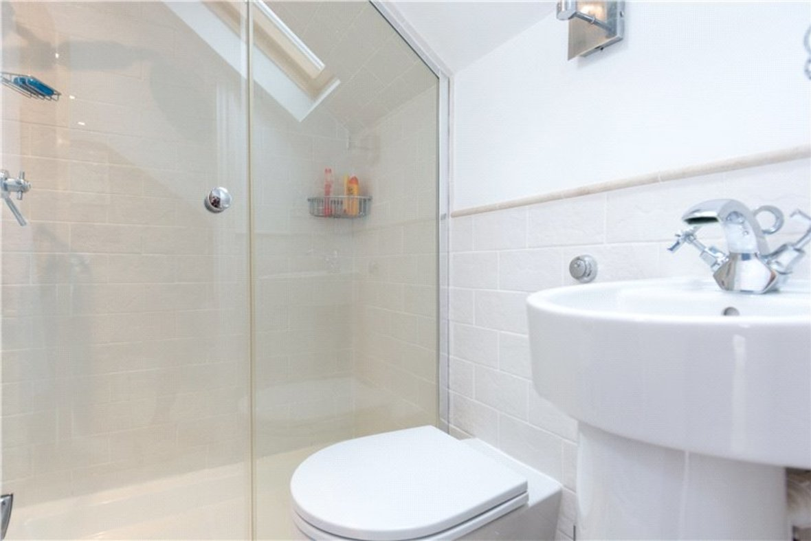 4 Bedrooms House New Instruction in Liverpool Road, St. Albans, Hertfordshire - View 15 - Collinson Hall