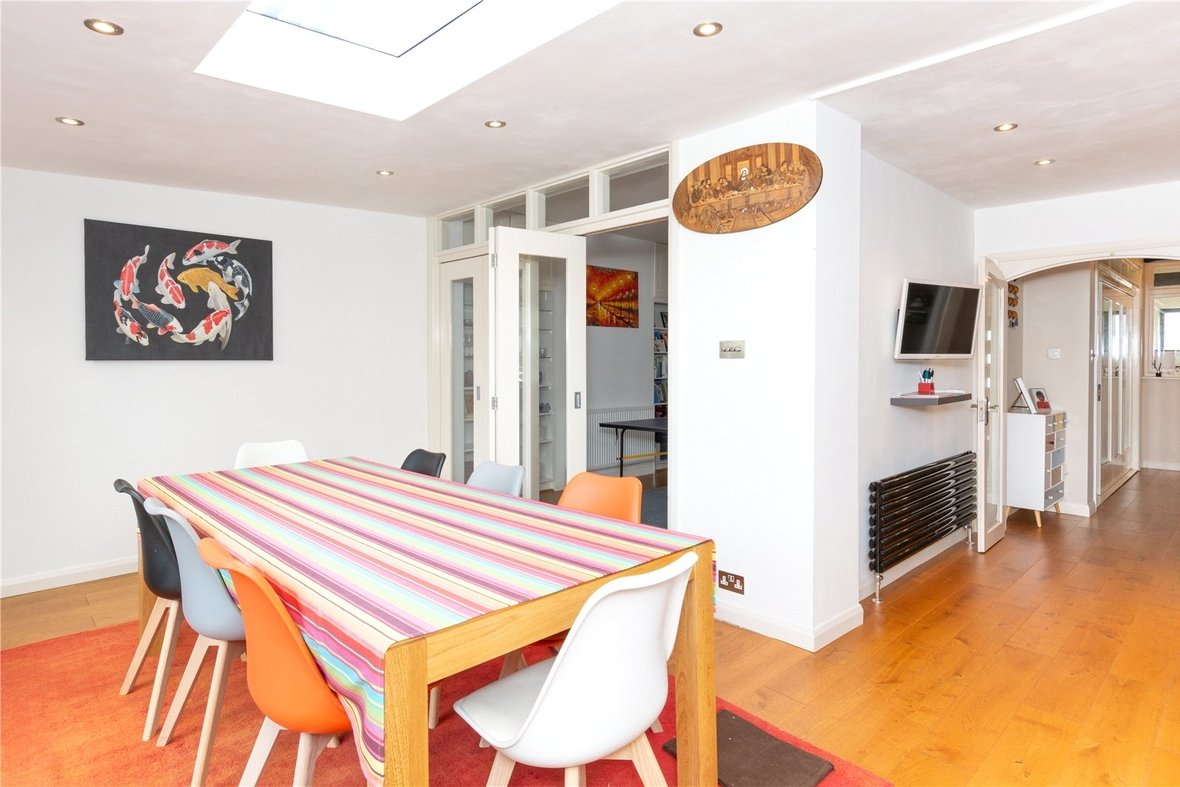 4 Bedroom House For Sale in Gurney Court Road, St Albans, Hertfordshire - View 7 - Collinson Hall