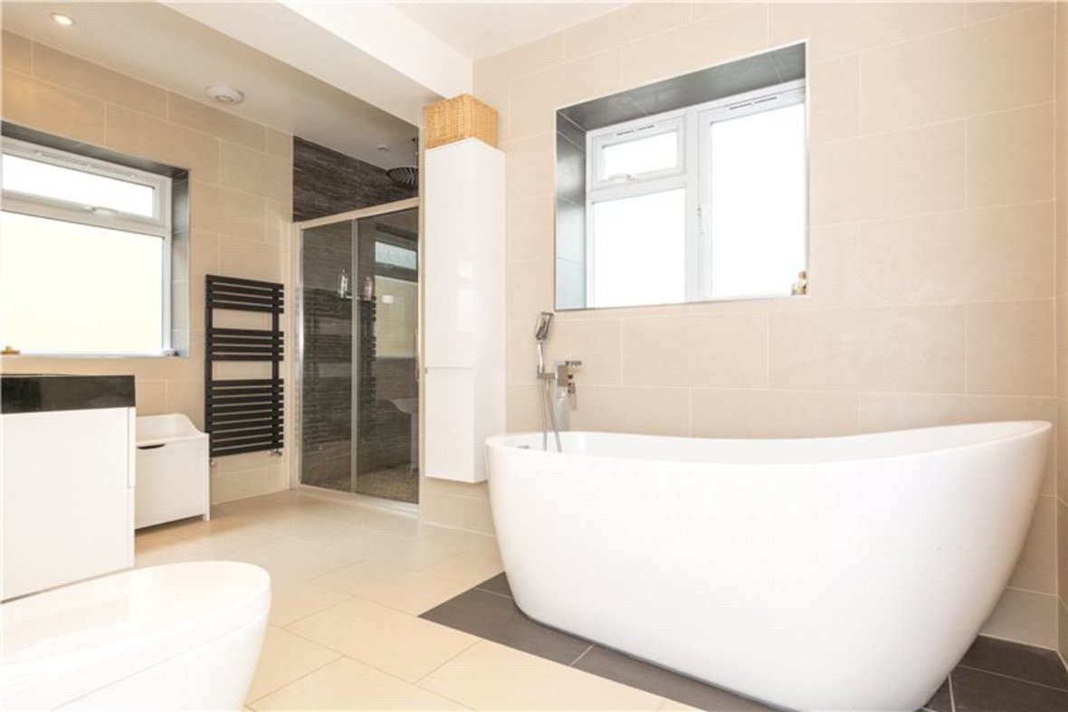 4 Bedroom House For Sale in Gurney Court Road, St Albans, Hertfordshire - View 9 - Collinson Hall