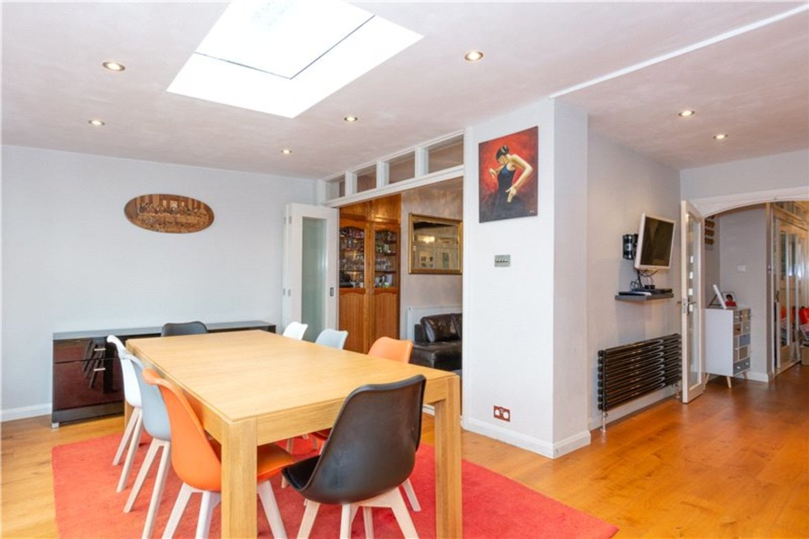 4 Bedroom House For Sale in Gurney Court Road, St Albans, Hertfordshire - View 3 - Collinson Hall