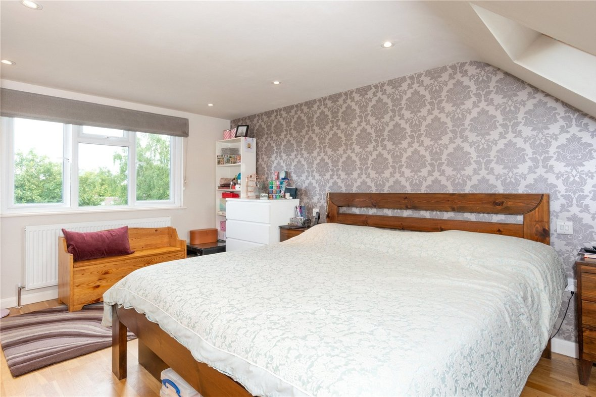 4 Bedroom House For Sale in Gurney Court Road, St Albans, Hertfordshire - View 2 - Collinson Hall