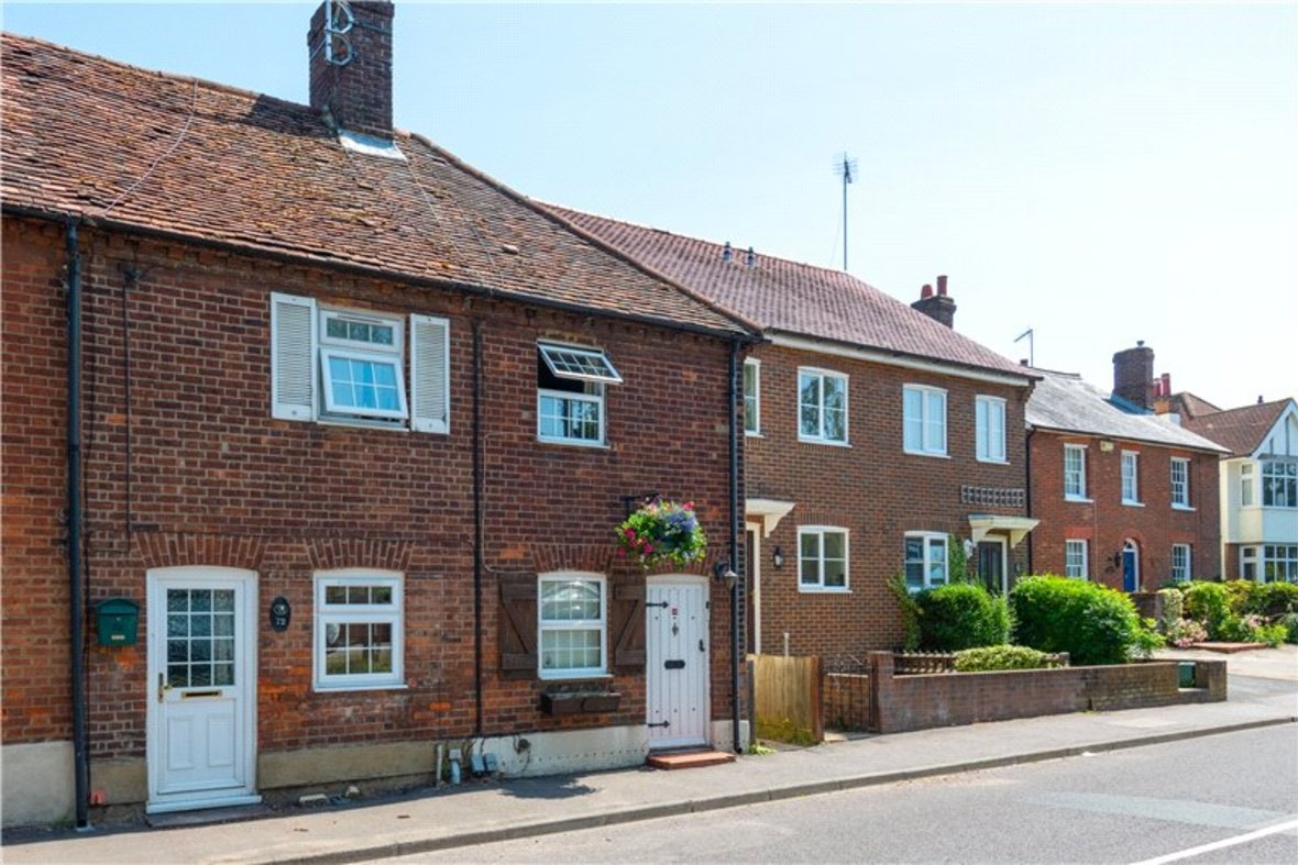 2 Bedrooms House New Instruction in High Street, Sandridge, St. Albans, Hertfordshire - View 9 - Collinson Hall