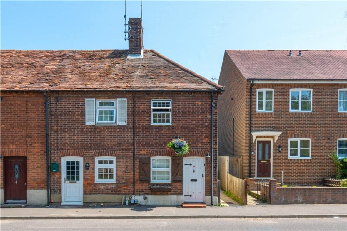 2 Bedrooms House New Instruction in High Street, Sandridge, St. Albans, Hertfordshire - View 1 - Collinson Hall
