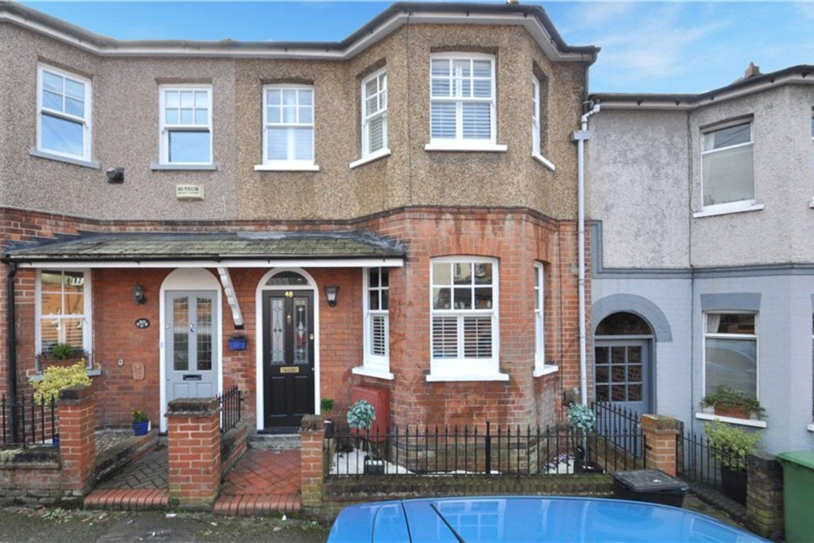 3 Bedrooms House Sold Subject To Contract in Worley Road, St. Albans, Hertfordshire - View 1 - Collinson Hall