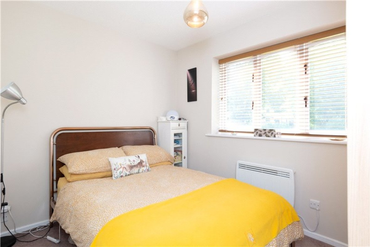 1 Bedroom Maisonette Sold Subject To Contract in Chatsworth Court, St. Albans, Hertfordshire - View 4 - Collinson Hall
