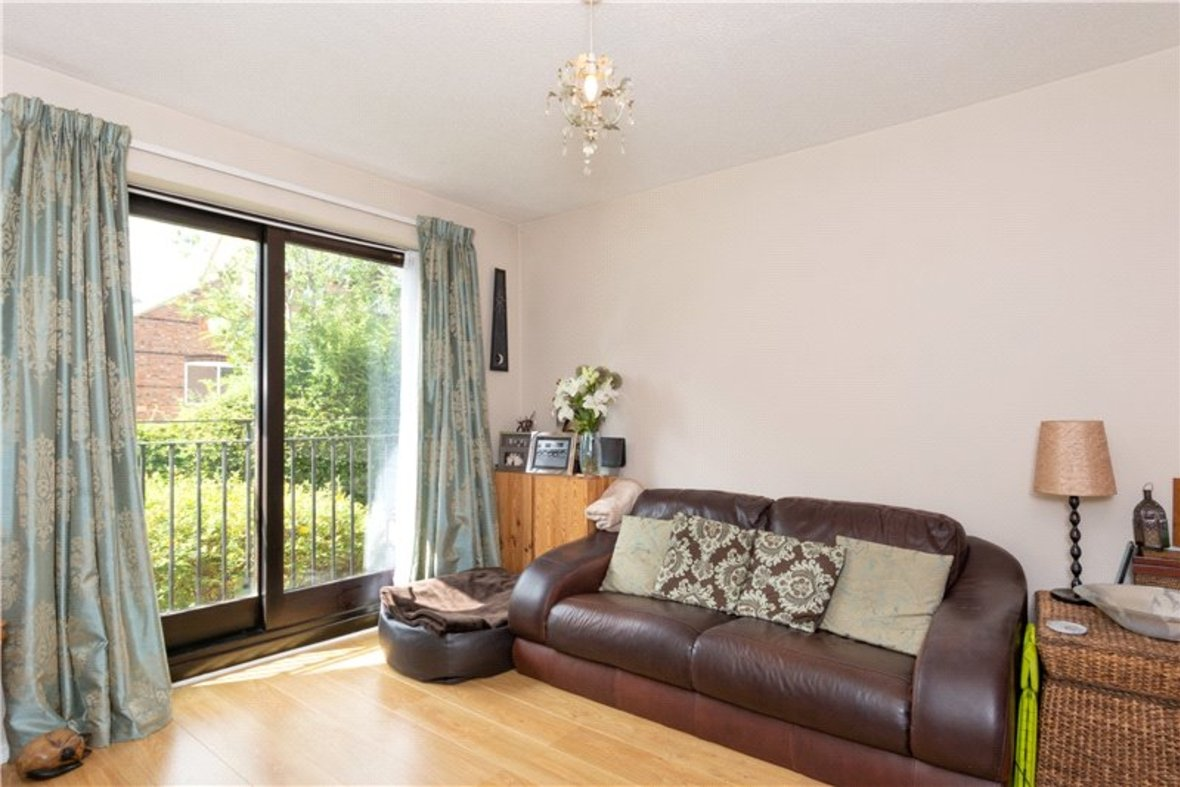 1 Bedroom Maisonette Sold Subject To Contract in Chatsworth Court, St. Albans, Hertfordshire - View 2 - Collinson Hall