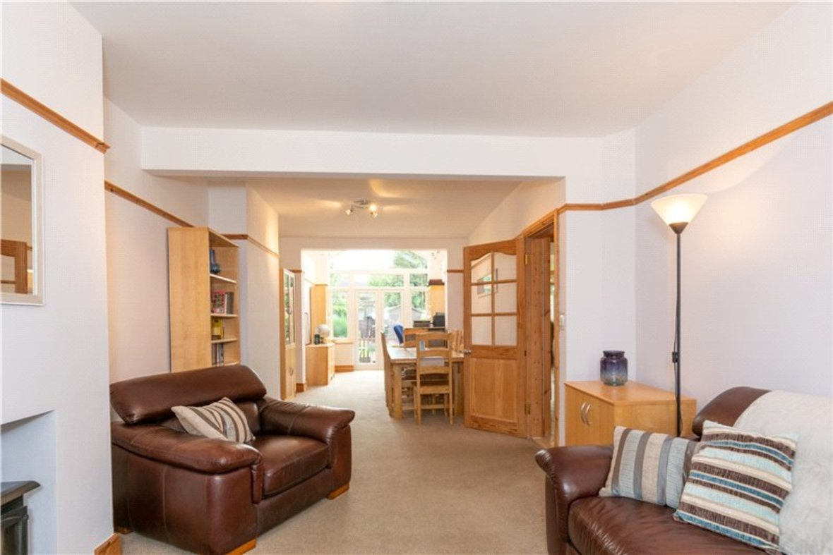4 Bedrooms House For Sale in Tavistock Avenue, St. Albans, Hertfordshire - View 2 - Collinson Hall