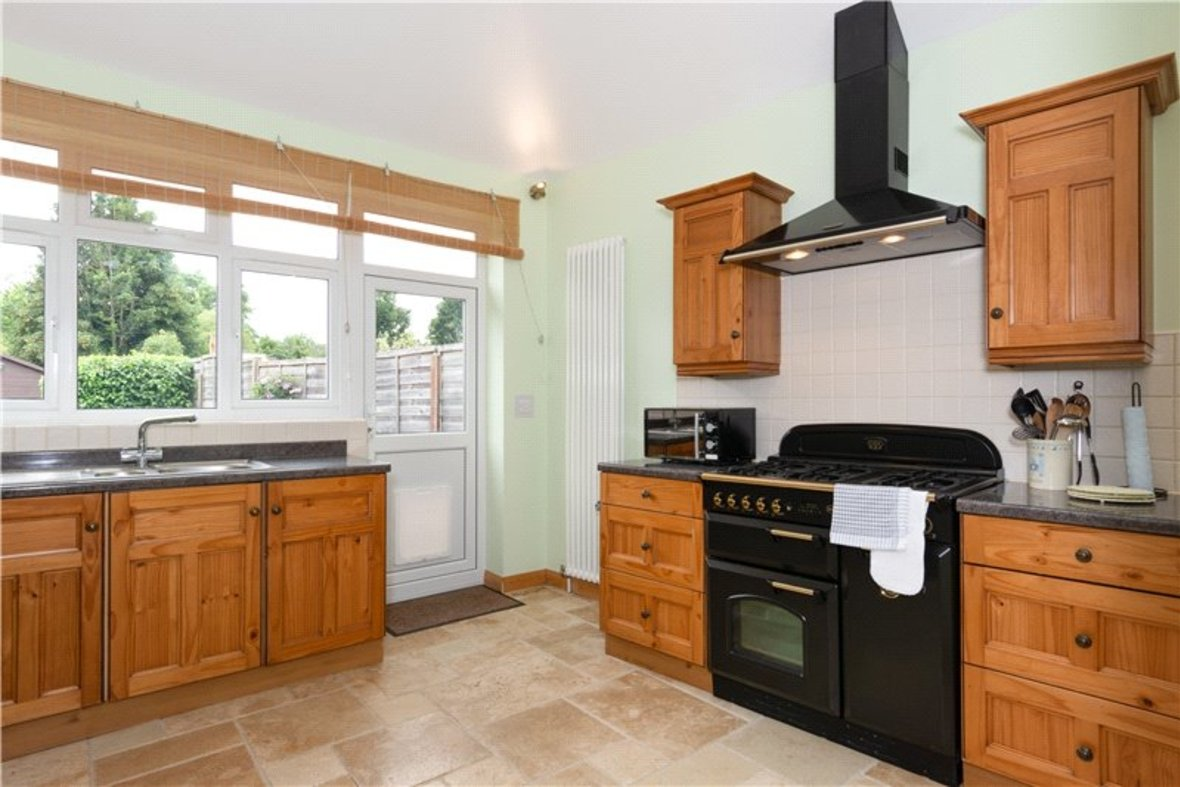 4 Bedrooms House For Sale in Tavistock Avenue, St. Albans, Hertfordshire - View 21 - Collinson Hall