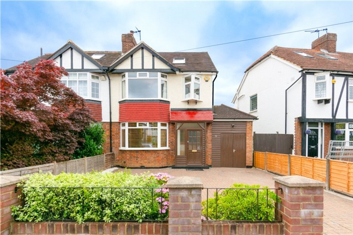 4 Bedrooms House For Sale in Tavistock Avenue, St. Albans, Hertfordshire - View 1 - Collinson Hall