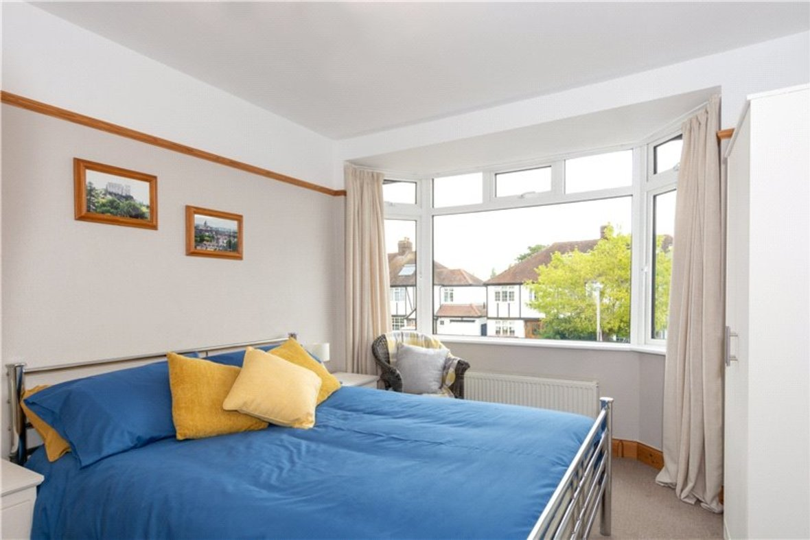 4 Bedrooms House For Sale in Tavistock Avenue, St. Albans, Hertfordshire - View 16 - Collinson Hall