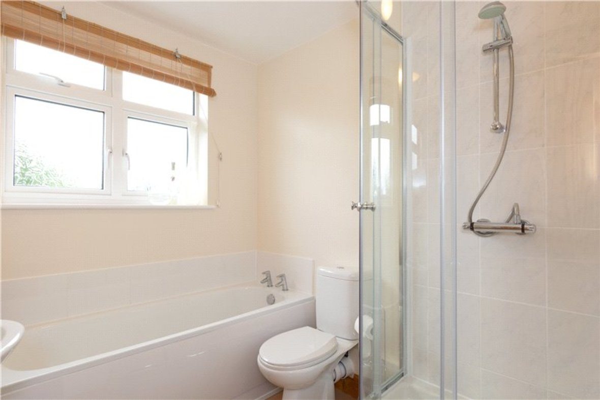 4 Bedrooms House For Sale in Tavistock Avenue, St. Albans, Hertfordshire - View 12 - Collinson Hall