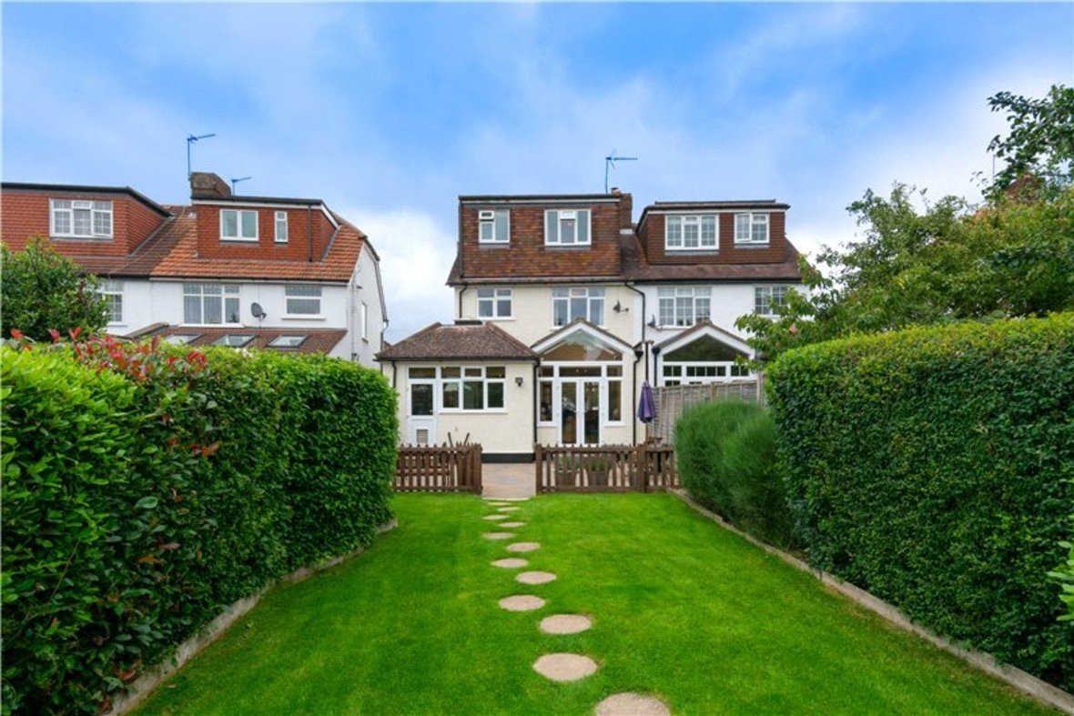 4 Bedrooms House For Sale in Tavistock Avenue, St. Albans, Hertfordshire - View 5 - Collinson Hall