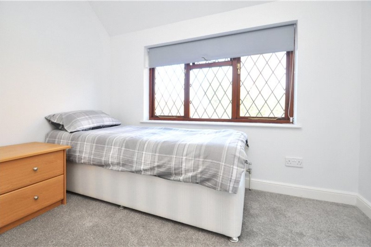 4 Bedroom House Sold Subject To Contract in Ragged Hall Lane, St. Albans, Hertfordshire - View 14 - Collinson Hall