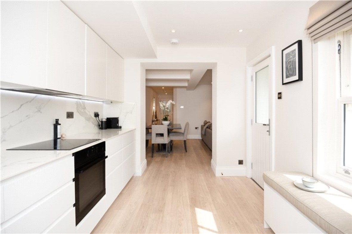 1 Bedroom Apartment Sold Subject To Contract in Alma Road, St. Albans, Hertfordshire - View 6 - Collinson Hall