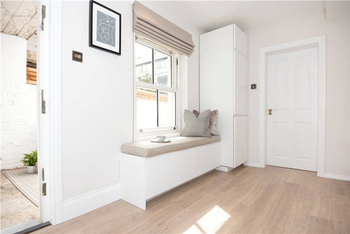 1 Bedroom Apartment Sold Subject To Contract in Alma Road, St. Albans, Hertfordshire - View 8 - Collinson Hall