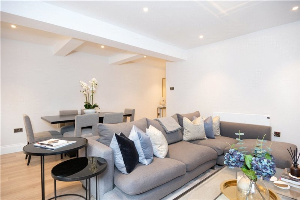 1 Bedroom Apartment Sold Subject To Contract in Alma Road, St. Albans, Hertfordshire - View 7 - Collinson Hall