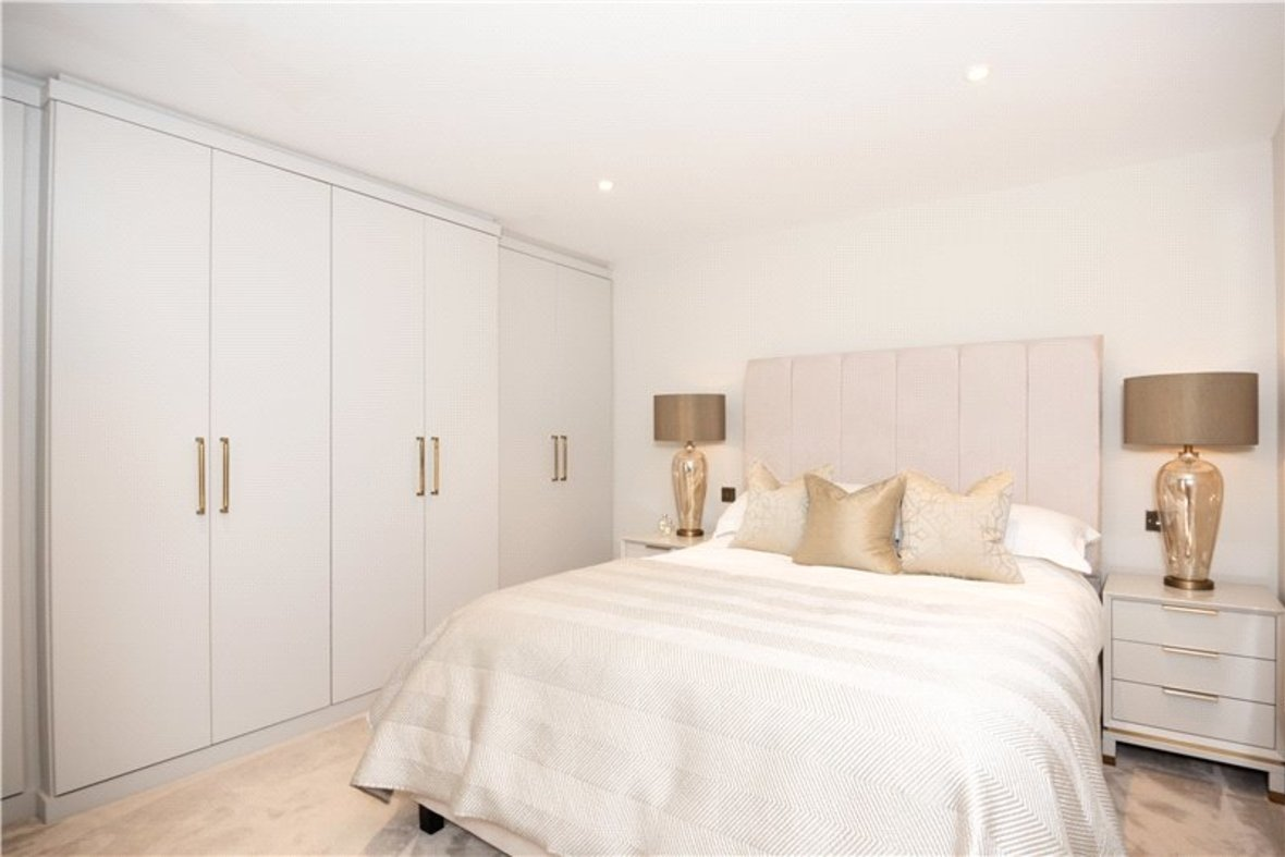 1 Bedroom Apartment Sold Subject To Contract in Alma Road, St. Albans, Hertfordshire - View 4 - Collinson Hall